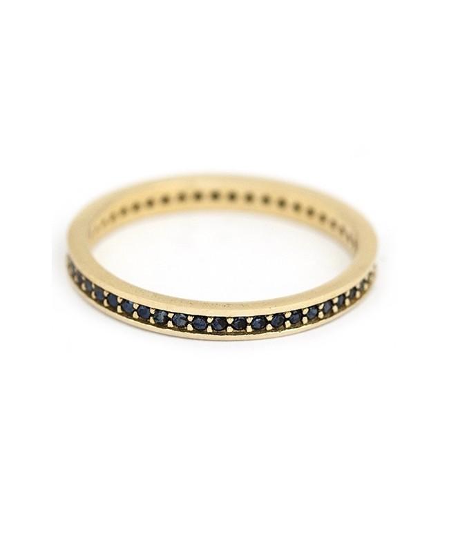 Inel din aur galben 14k tip verigheta cu pietre negre masura 21 Acasa